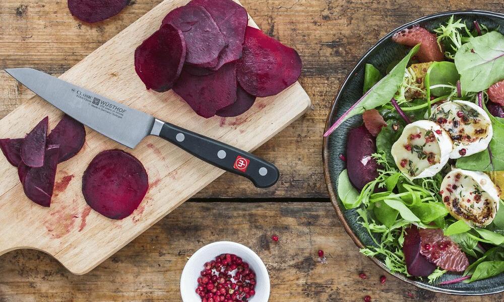 sharp knife cutting salad