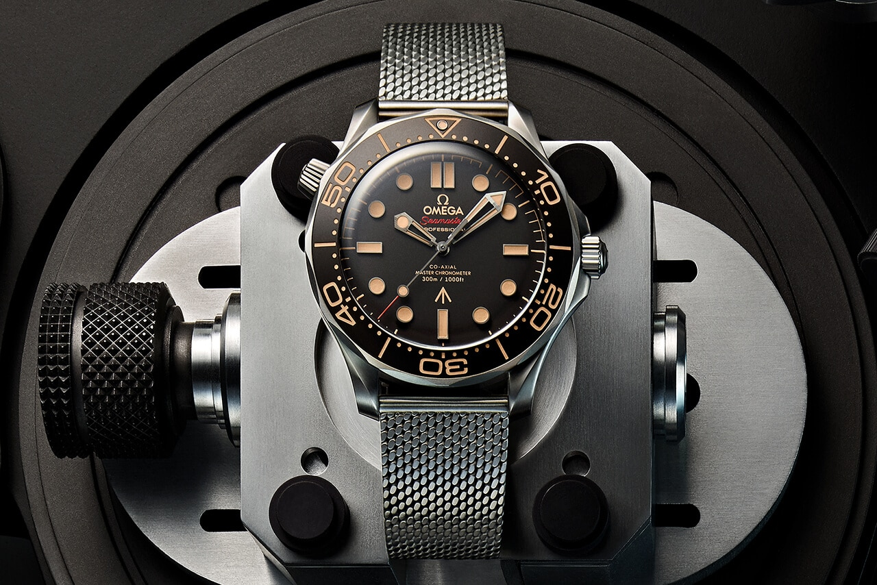 face of omega seamaster diver james bond